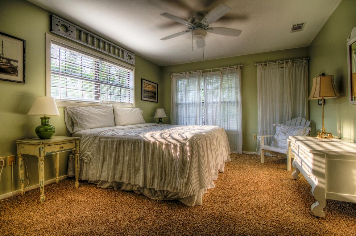 carpet floor and bed