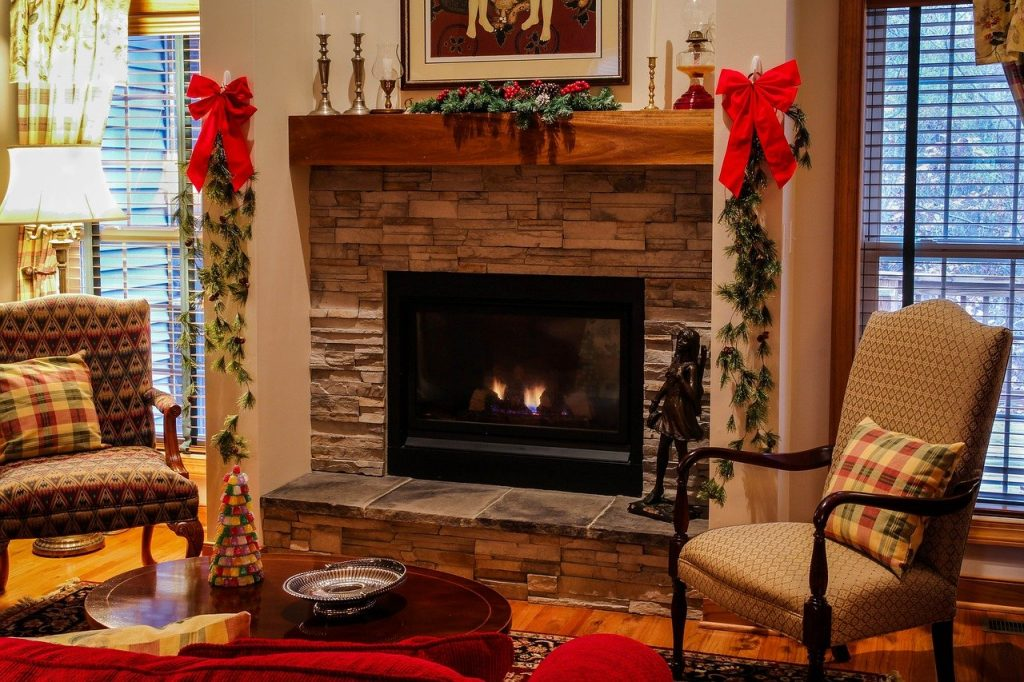 fireplace decor christmas garland living room