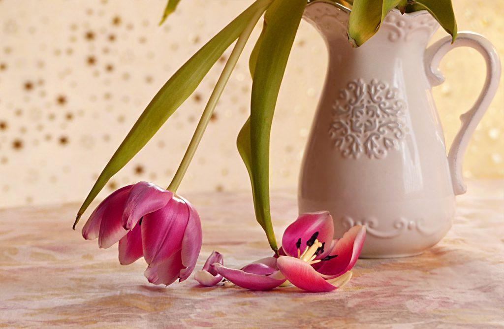flower vase tulip farmhouse deco